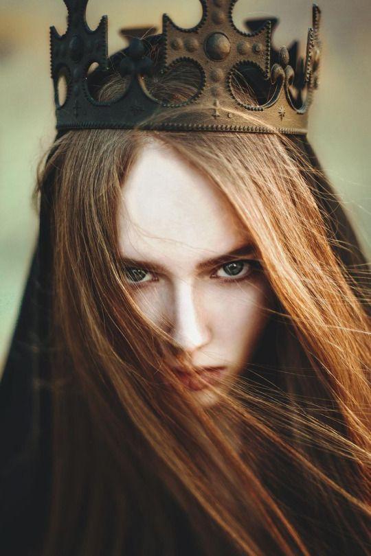 корона из металла