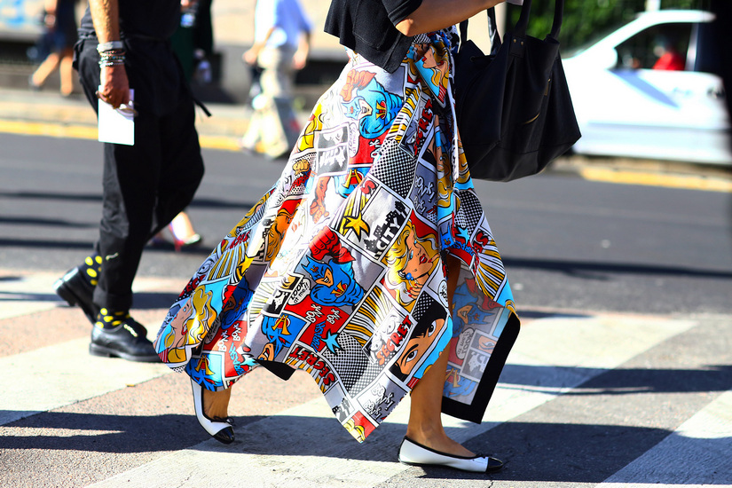 art prints in clothes street style