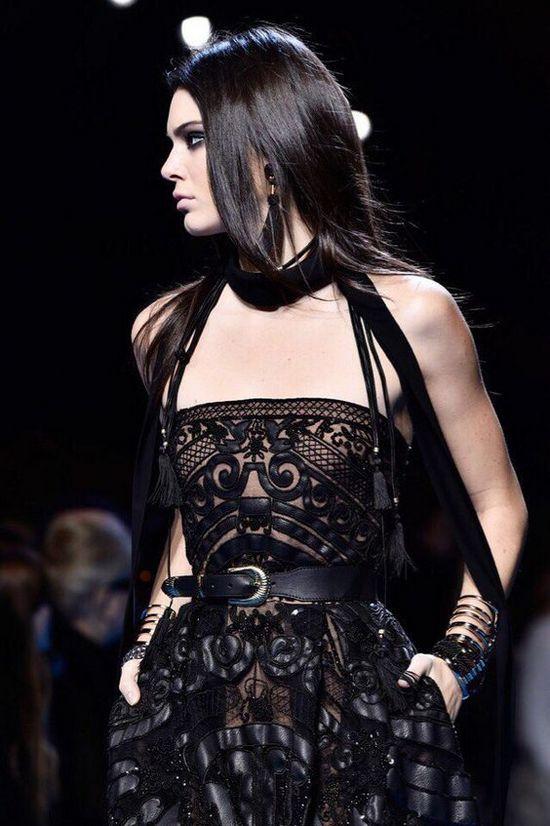 Кожаное платье в готическом стиле