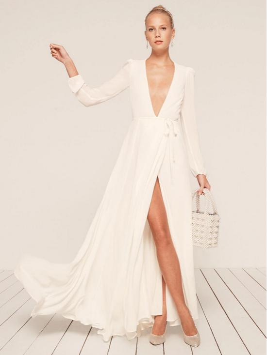 белое платье на запах