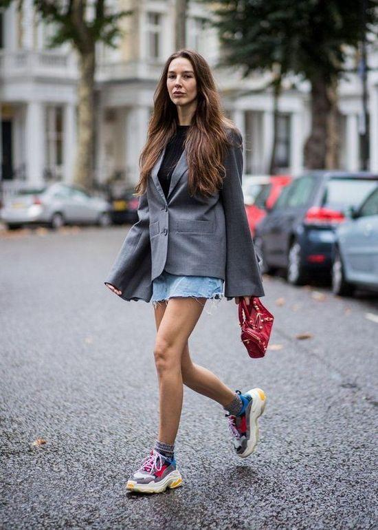 Модные кроссовки Баленсиага
