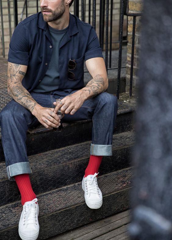 Красные мужские носки