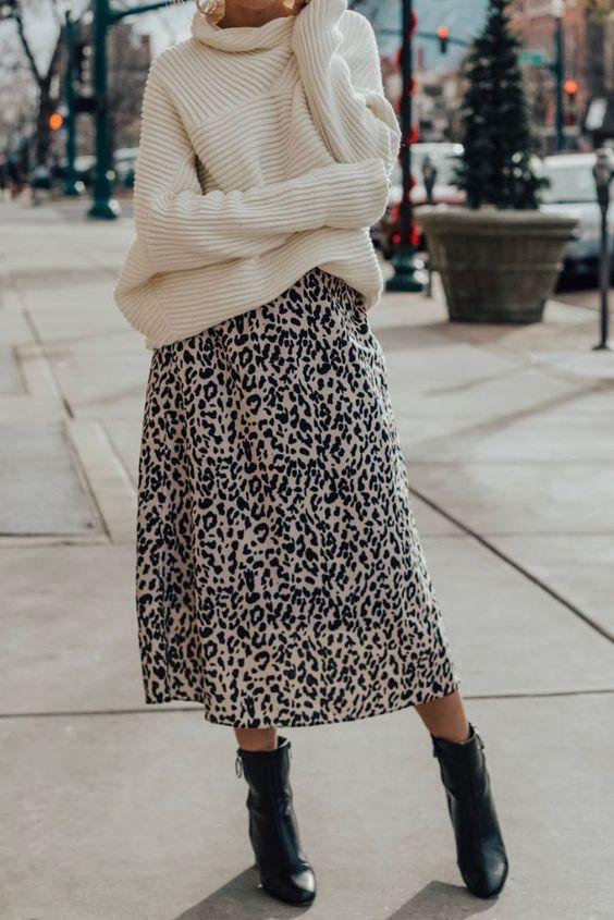 леопардовая юбка со свитером