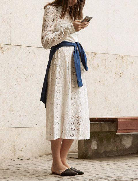 Белое хлопковое кружевное платье